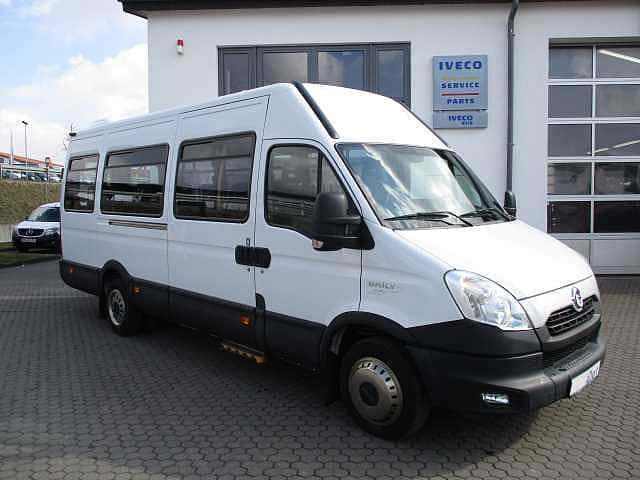 IVECO Daily Kombi
